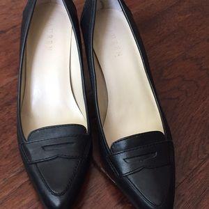 Ralph Lauren black pumps, size 8